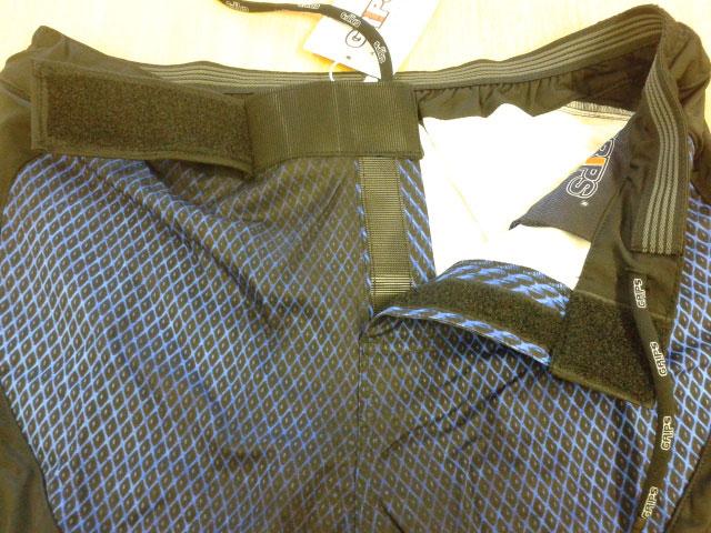 Grips-Velcro3