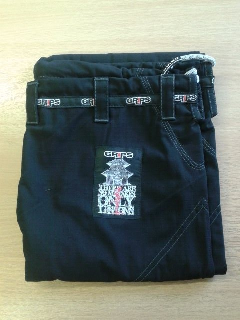 GRIPS ATHLETICS SECRET WEAPON BJJ GI 2.0 BLACK - Gi Pants